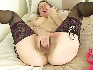 amateur Mother fucks her old hairy pussy hairy mature