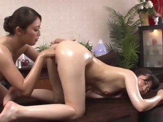 anal/anaru Alluring Asian lesbians get freaky in a massage parlour asian cunnilingus