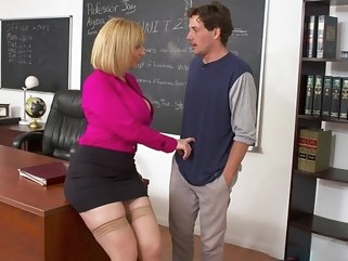 milf Lustful teacher seduced a student into hot sex in the office... office straight