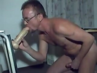 blowjob HARRI LEHTINEN LOVES TO PLAY DOGGIE WITH HIS KONG DILDOCOCK! straight swallow cum
