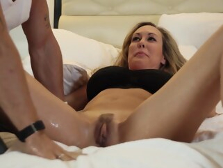 big tits Brandi Love - Squirt close-up female orgasm