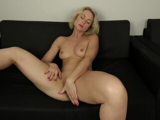blonde Solo Masturbation Of Hungry Schoolgirl hd milf
