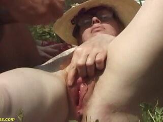 granny 84 years old mom outdoor fucked hairy outdoor